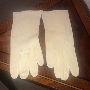White vintage leather gloves made in England